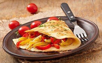 Daržovėmis įdarytas omletas